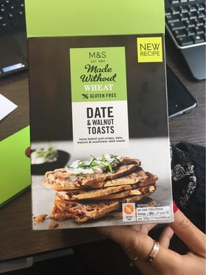 Date & walnut toasts - Product