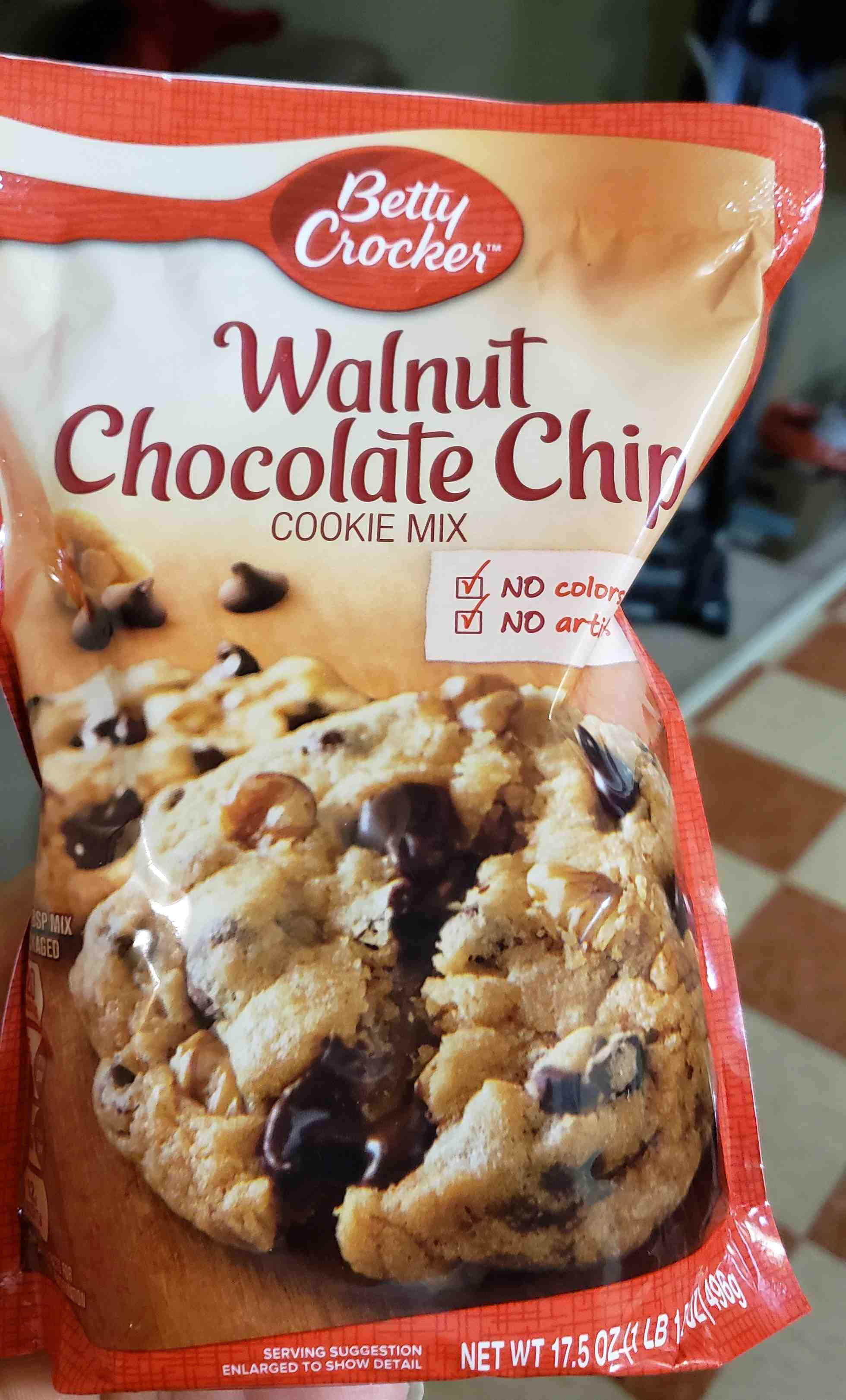 Betty Crocker Walnut Chocolate Chip Cookie Mix - Product - en