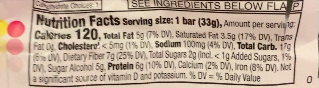 Fiber one layered chewy protein bars cookies & creme - Nutrition facts - en