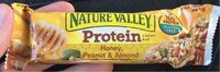 Peanut & Almond Chewy Bar - Product - en