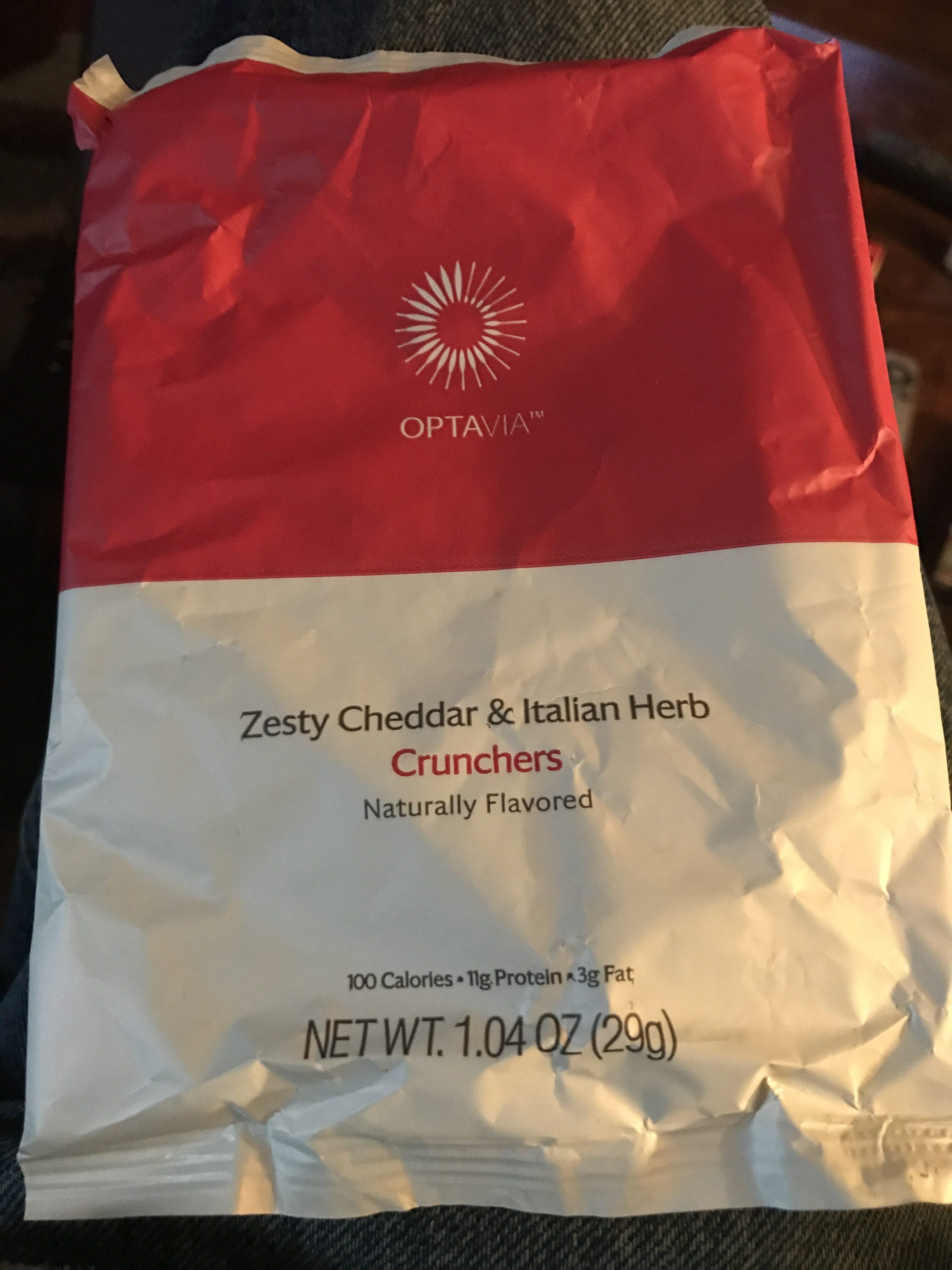 Zesty Cheddar & Italian Herb Crunchers - Product - en