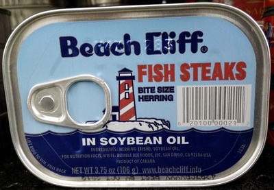 Fish Steaks bite size herrings in soybean oil - Produit - en