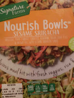 A blend of broccoli stems, napa cabbage, carrots, kohlrabi, and sugar snap peas with individual packet of cooked brown rice and sesame sriracha sauce, sesame sriracha - Product - en