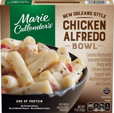 Creamy blackened seasoned alfredo pasta with chicken breast - Product - en
