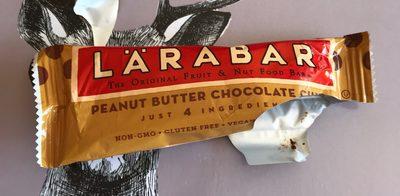Larabar Peanut Butter Chocolate Chip Fruit & Nut Bar - Product - en