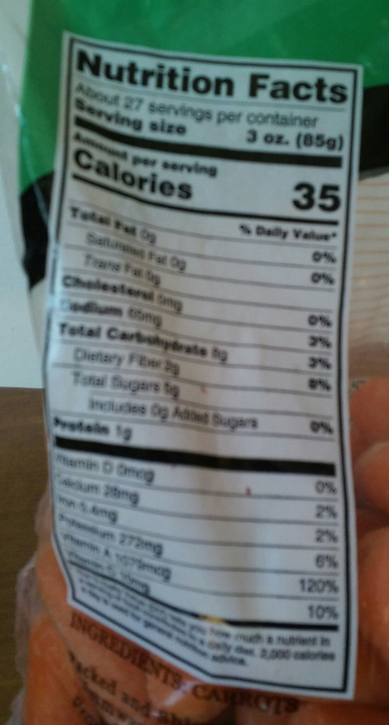 Peeled carrots - Nutrition facts - en