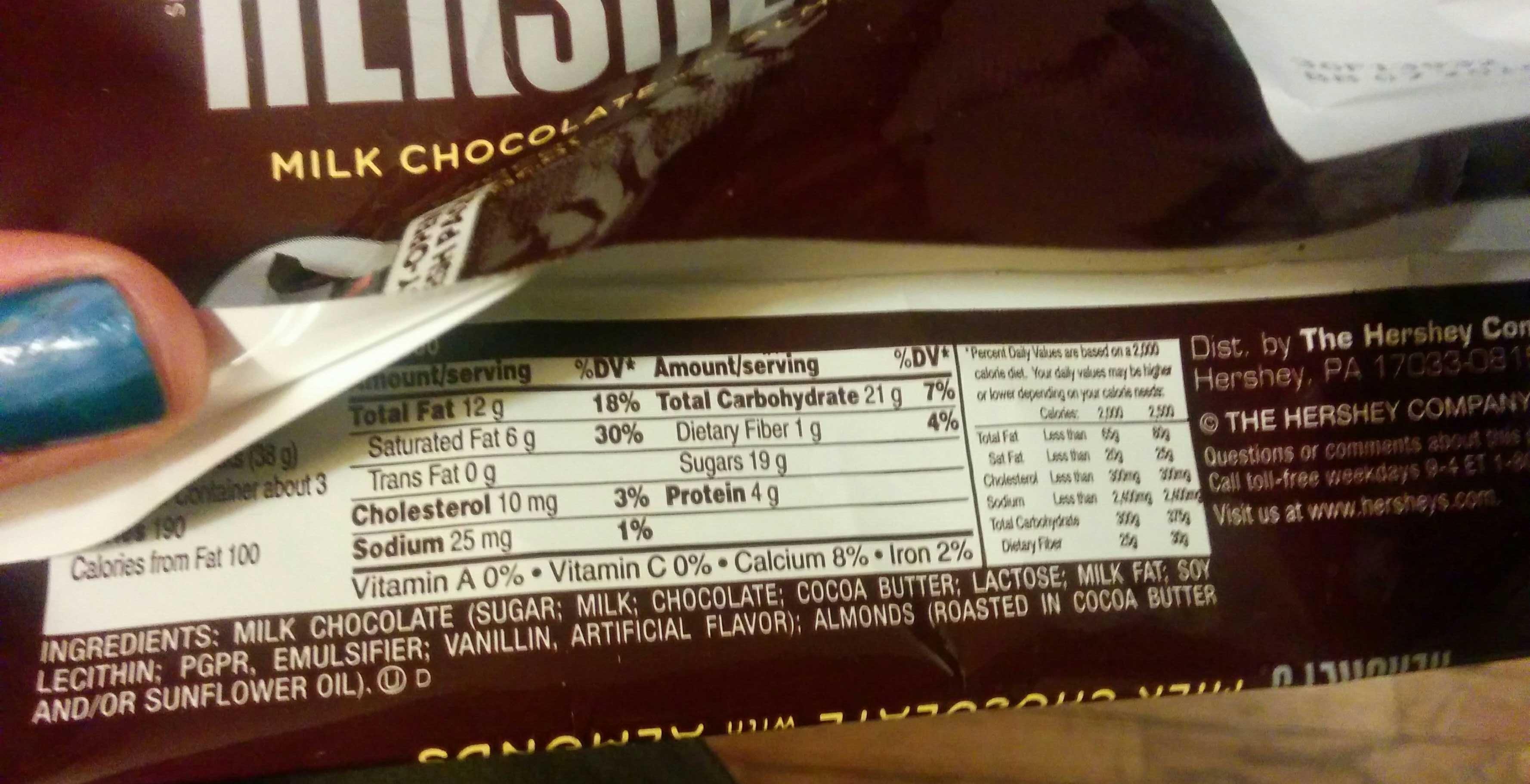 Hershey's Milk Chocolate With Almonds - 4.25 Oz - Product