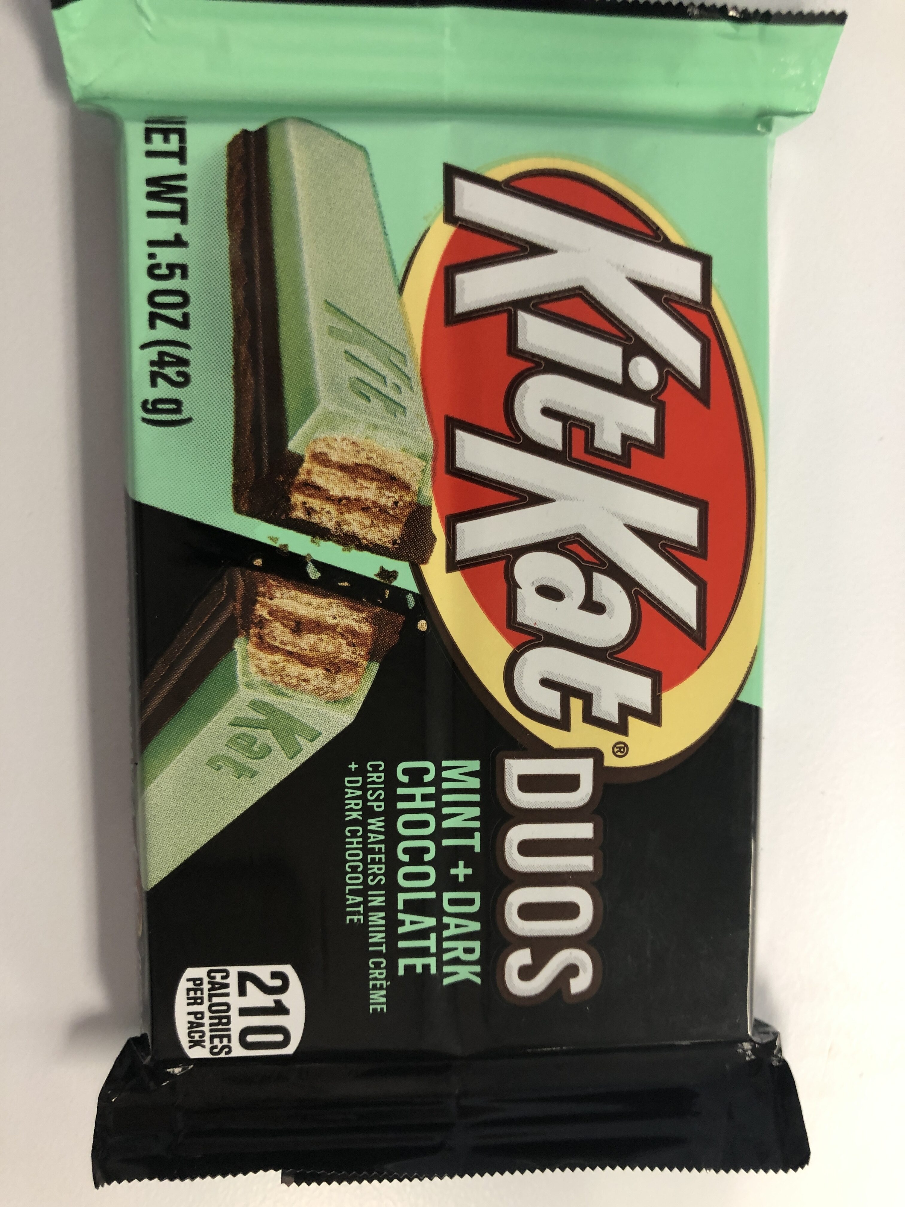 Kit kat duo dark chocolate mint chocolate bar - Product - en