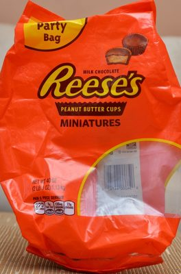 Reese's Peanut Butter Cups Miniatures Party Bag - Product