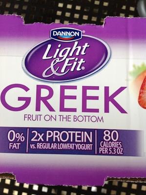 Greek Yogurt Light & Fit Strawberry - Product