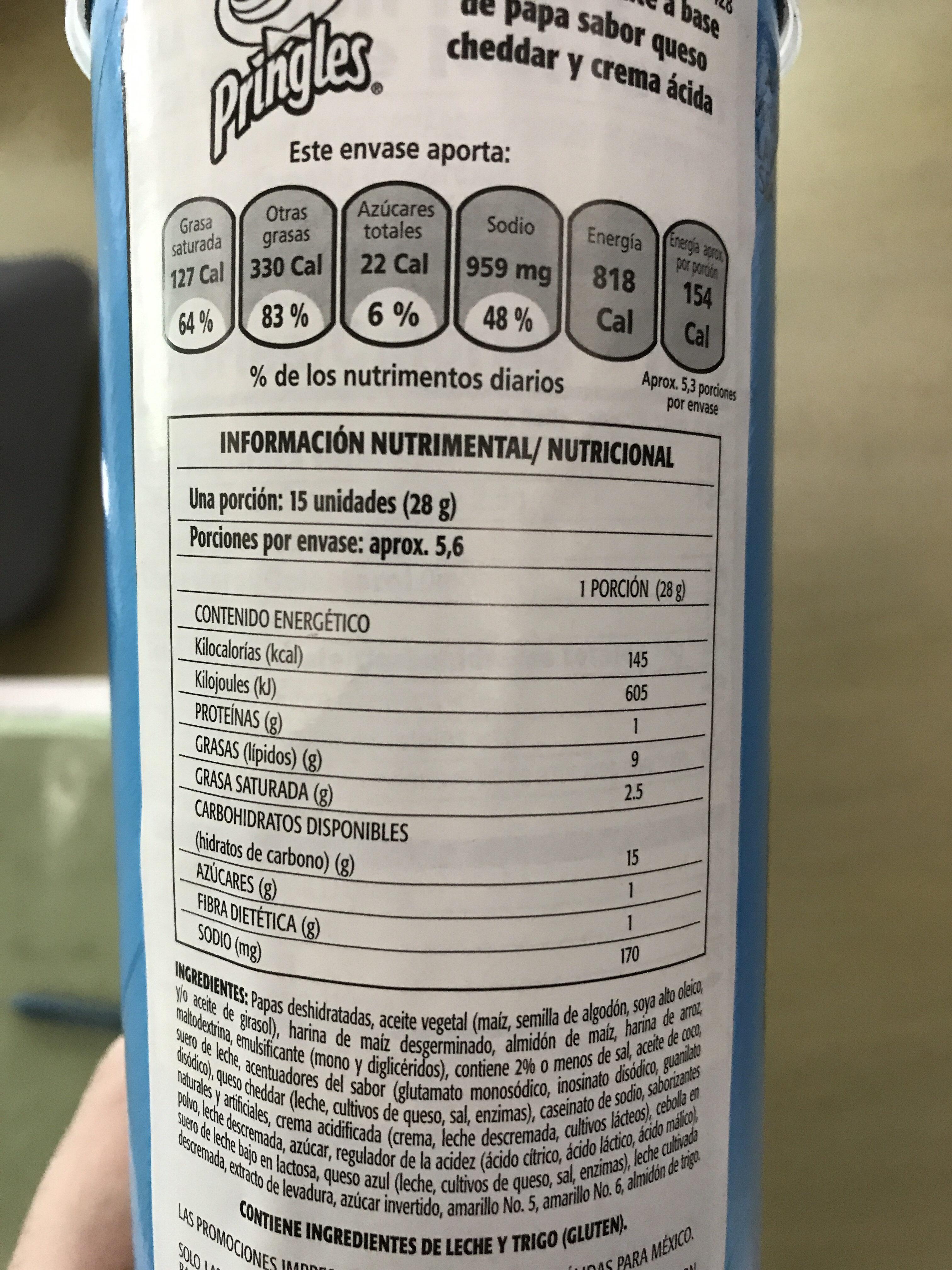Potato crisps, cheddar & sour cream - Información nutricional - es