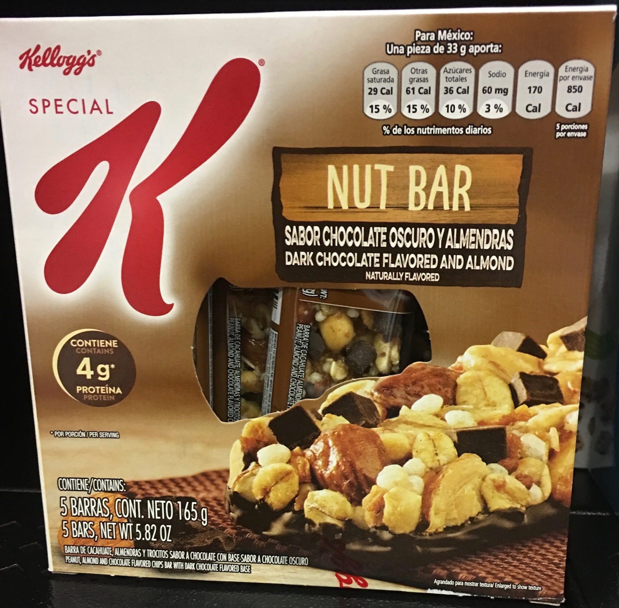Nut Bar sabor chocolate oscuro y almendras - Producto - es