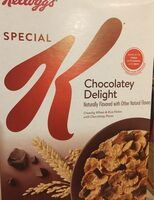 Chocolatey delight crunchy wheat & rice flakes with chocolatey pieces cereal - Producto - en