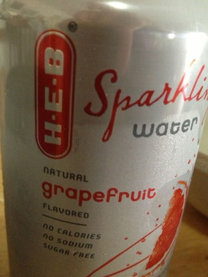 Sparkling water flavored with natural grapefruit - Product