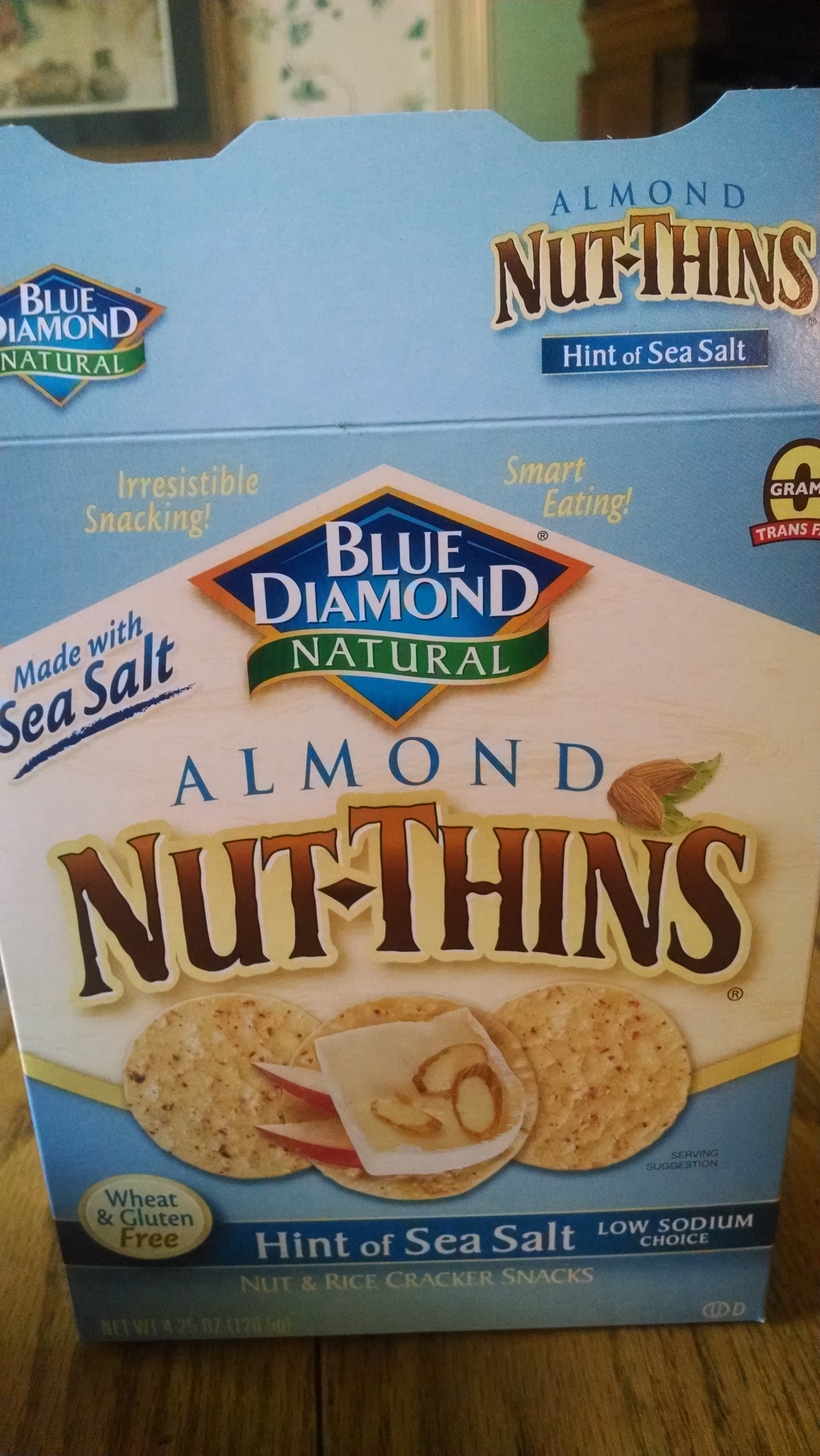 Almond nut-thins - Product