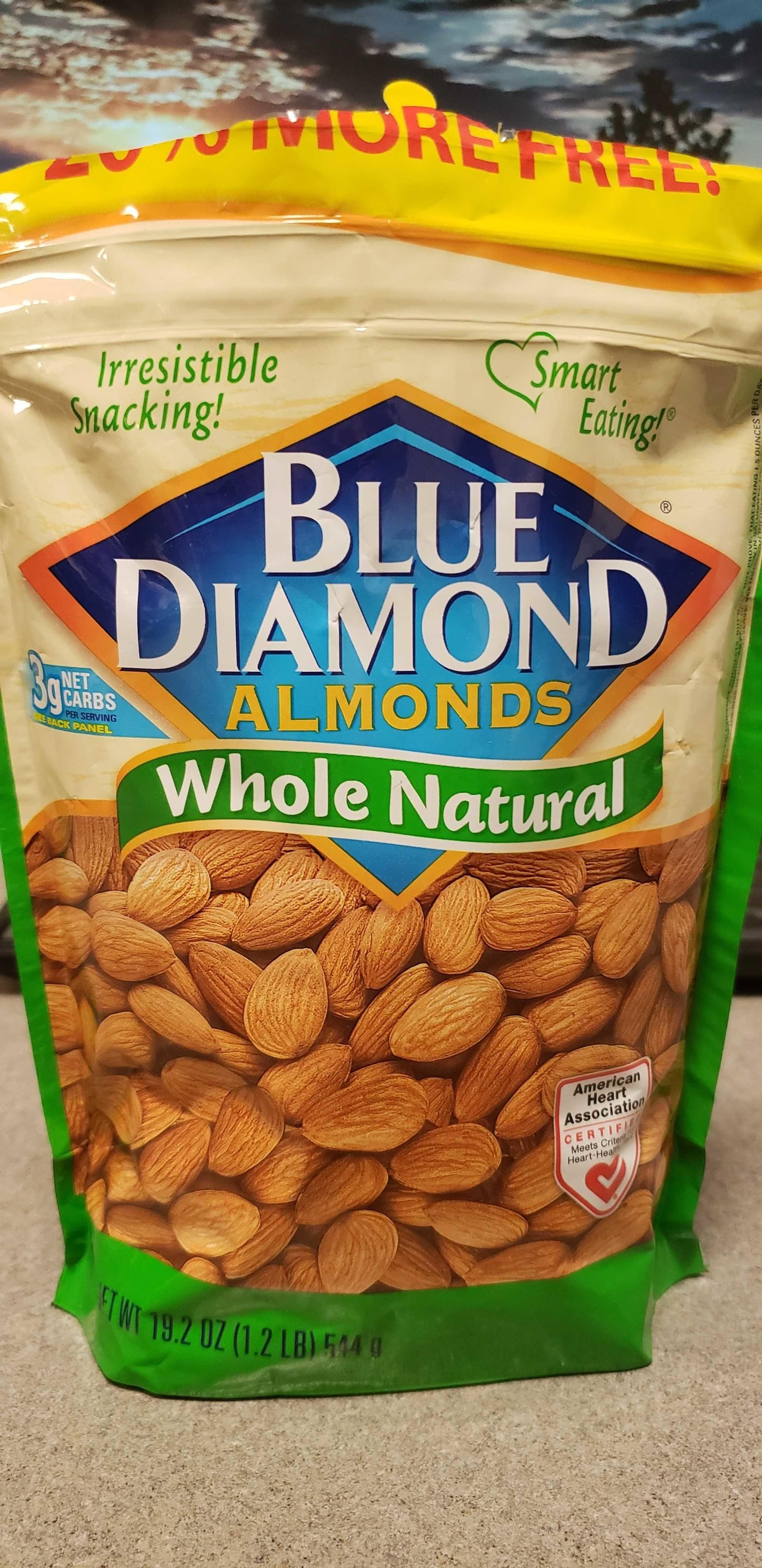 Whole natural almonds - Produit - en