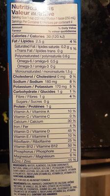 Almond breeze vanillé non sucré - Nutrition facts - en