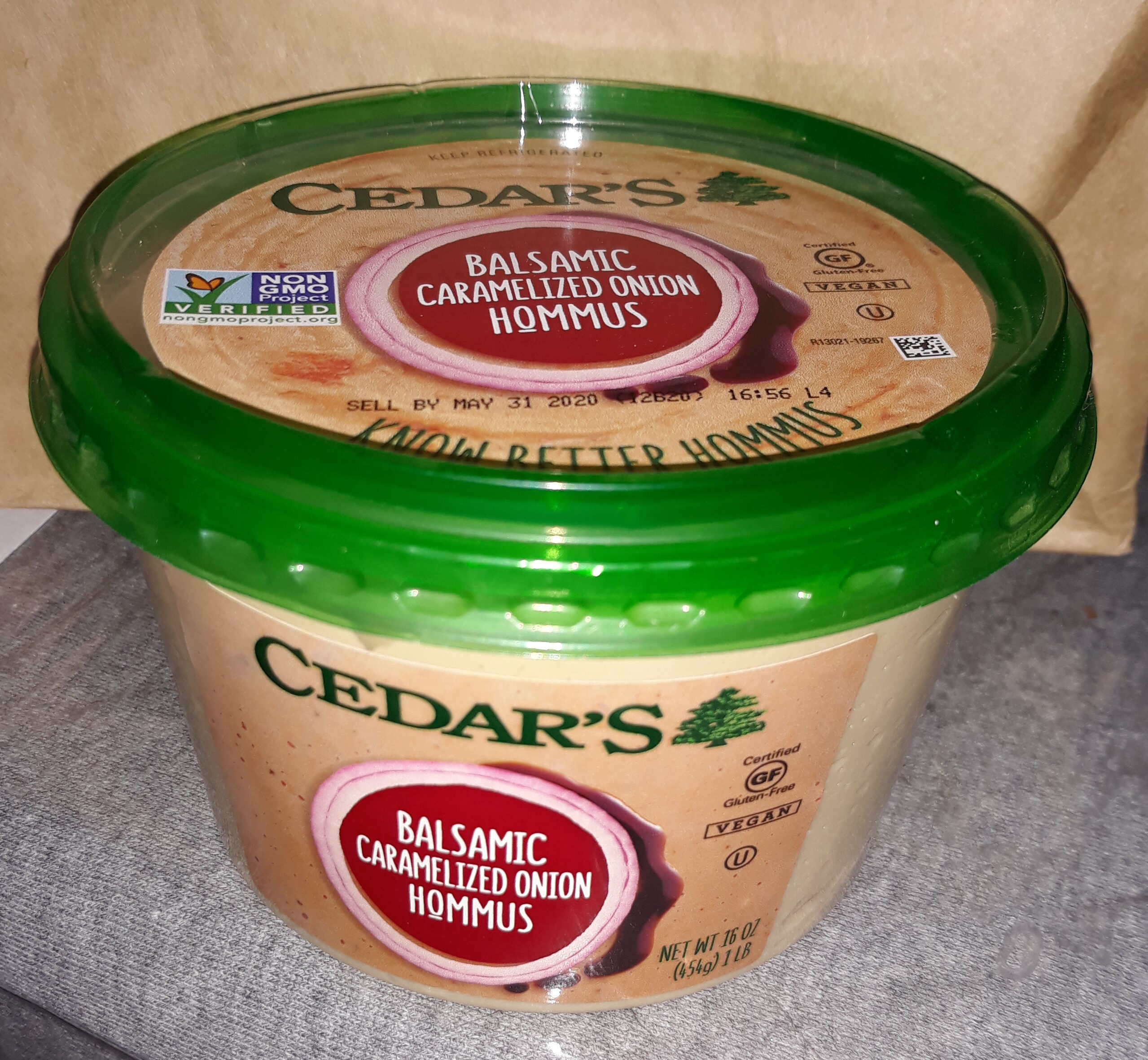 Cedar's, hommus, balsamic caramelized onion - Product - en