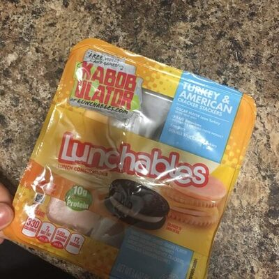 Lunchables turkey & american cracker stackers - Product - en