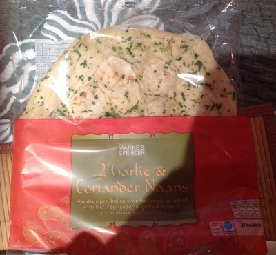 2 Large Garlic and Coriander Naans - Producto
