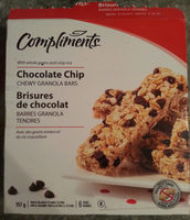 Chocolate chip chewy granola bars - Product - fr