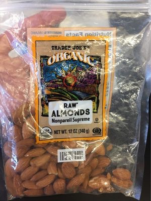 Raw almonds - Product