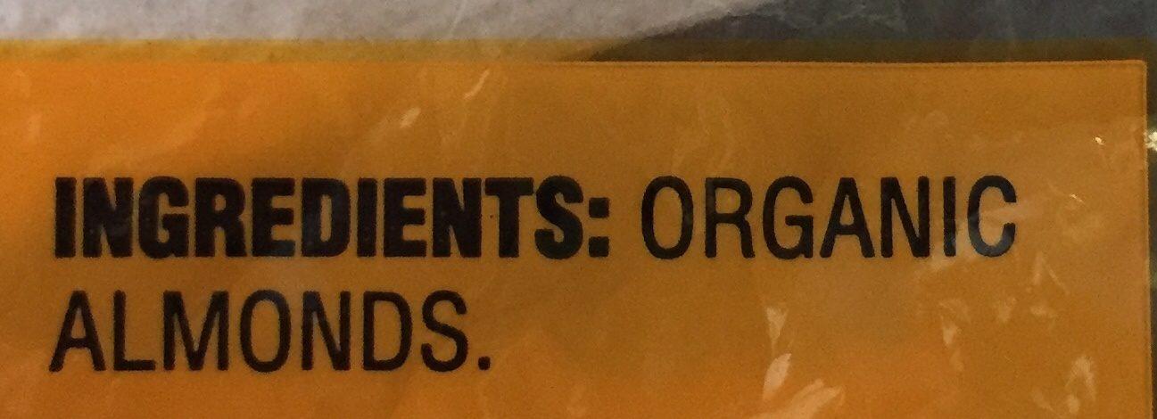 Raw almonds - Ingredients