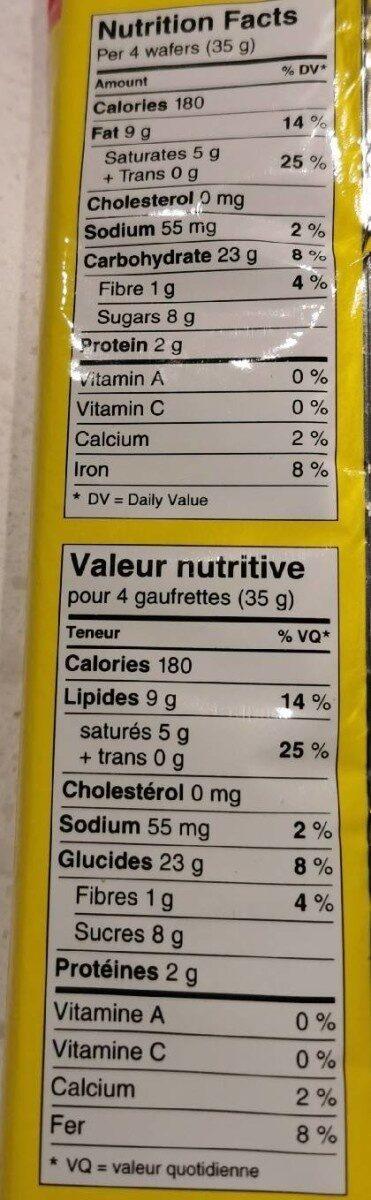 Gaufrettes sucrées avec garniture crémeuse noisette - Nutrition facts - en