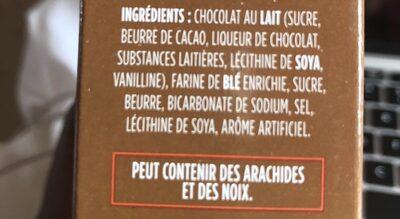 Biscuits Au Beurre Avec Tablette De Chocolat Au Lait - Ingredients - en