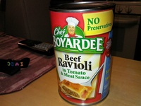 Beef ravioli in tomato and meat sauce - Product