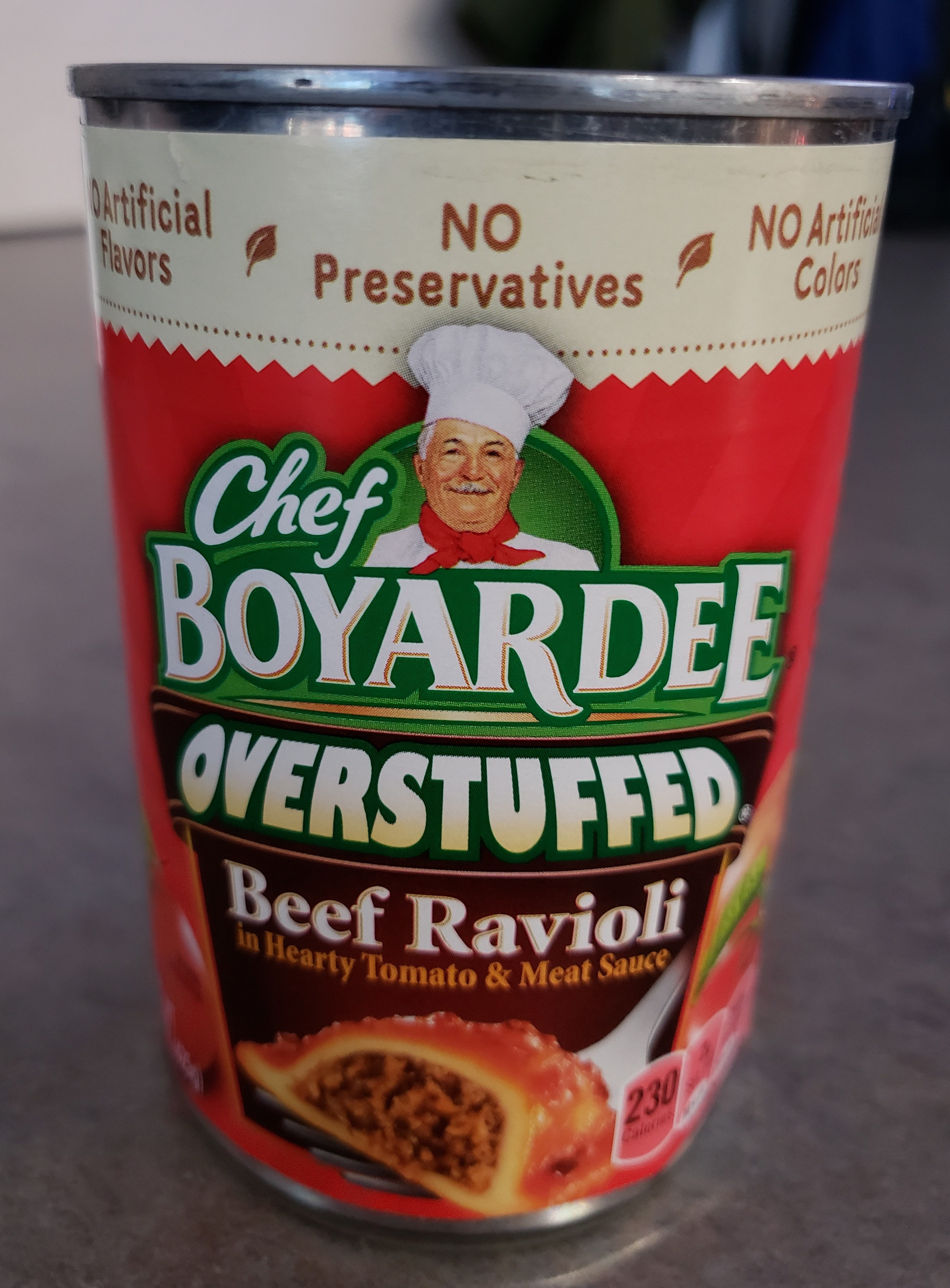 Beef ravioli in pasta sauce - Produit - en