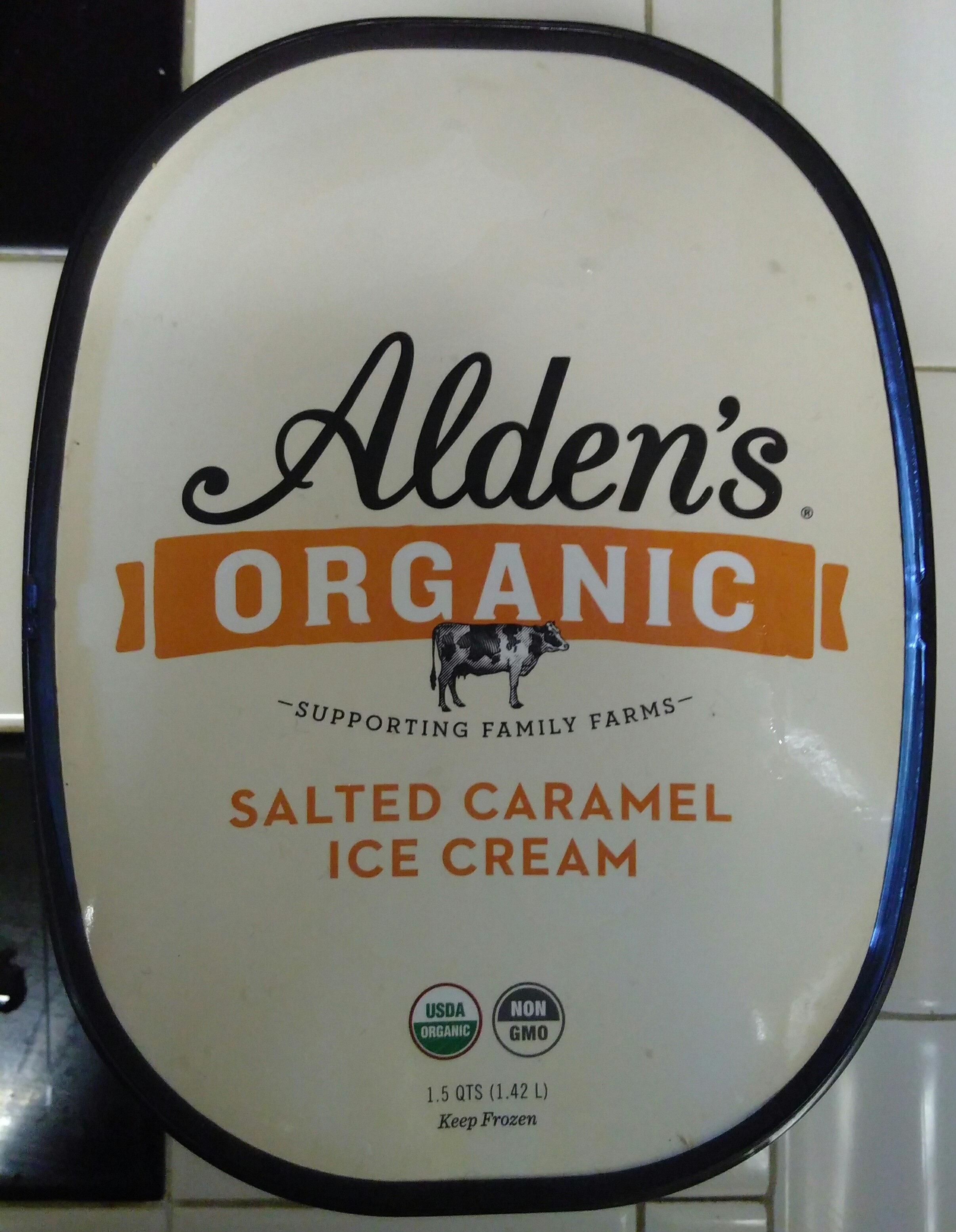 Salted caramel ice cream - Product - en