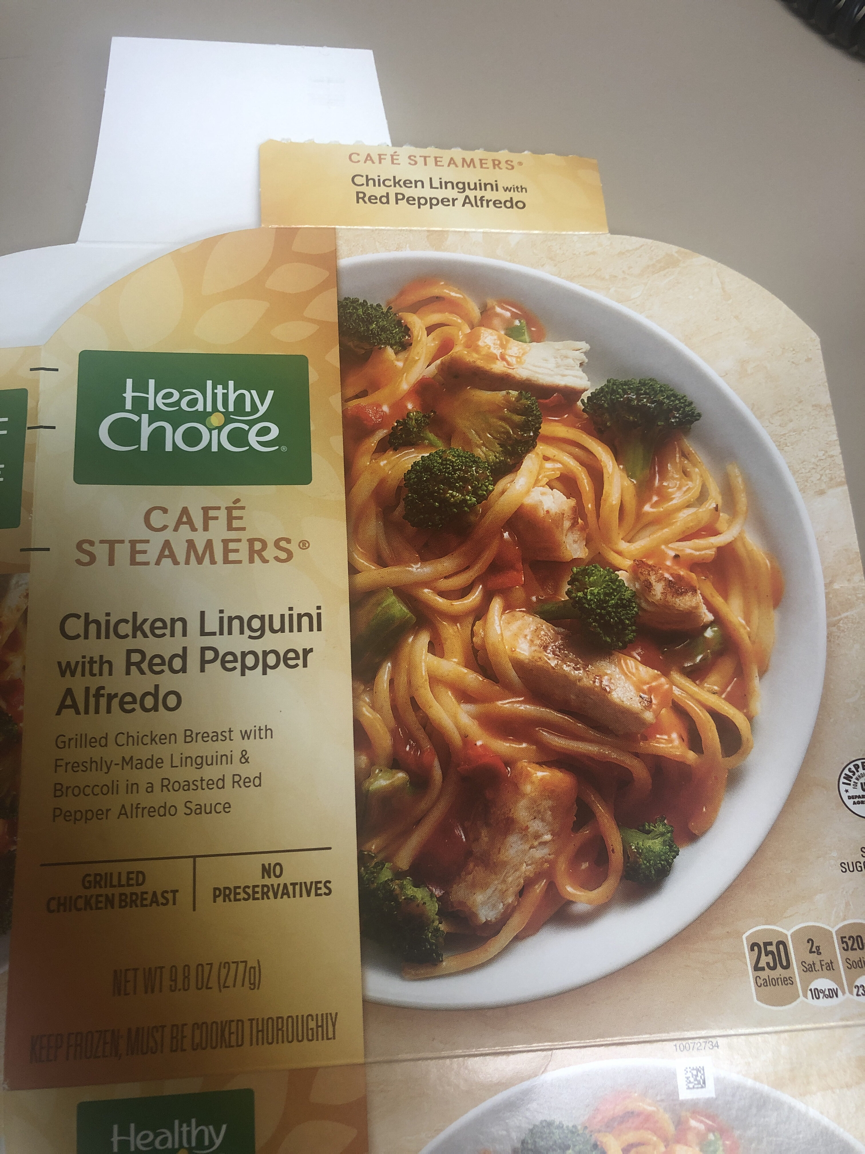 Cafe Steamers Chicken Linguini with Red Pepper Alfredo - Product