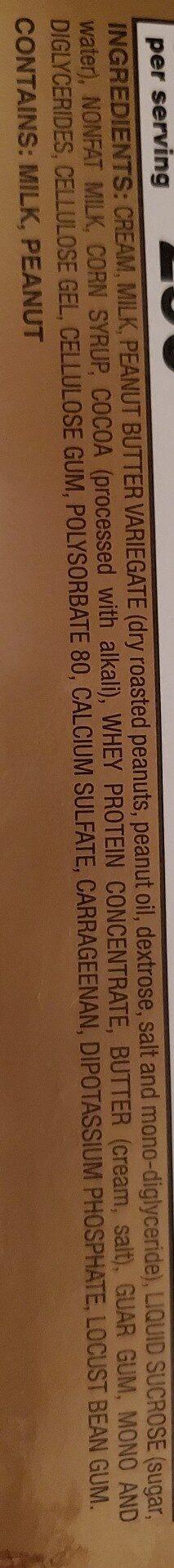 Stewart's chocolate peanut butter cup ice cream - Ingredienti - en