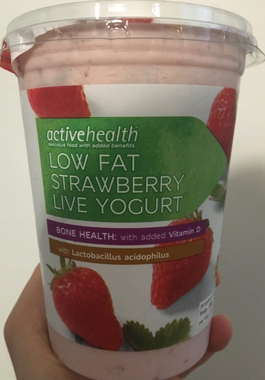 Low Fat Strawberry Live Yogurt - Produit - fr