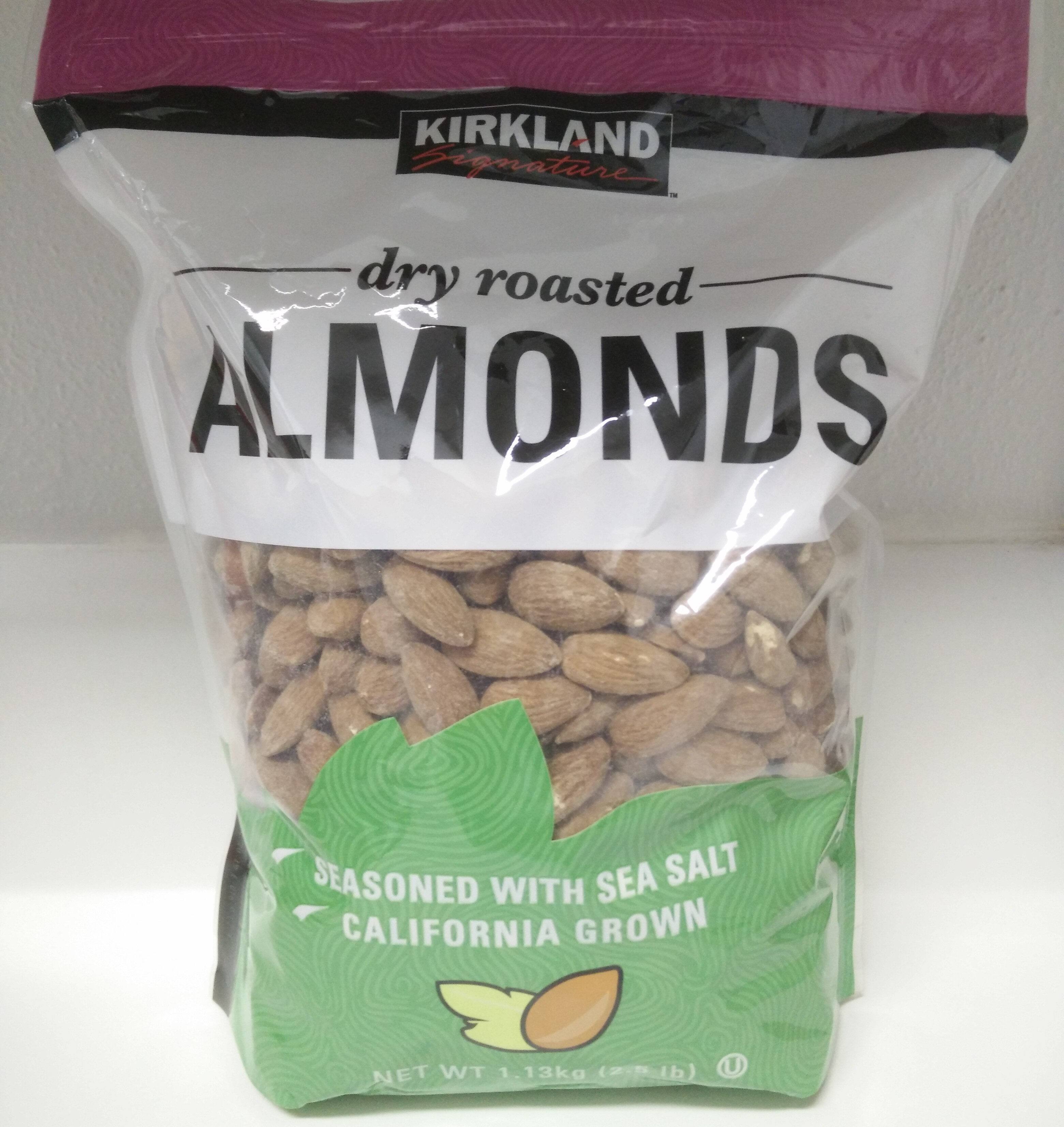 Dry roasted almonds - Product - en