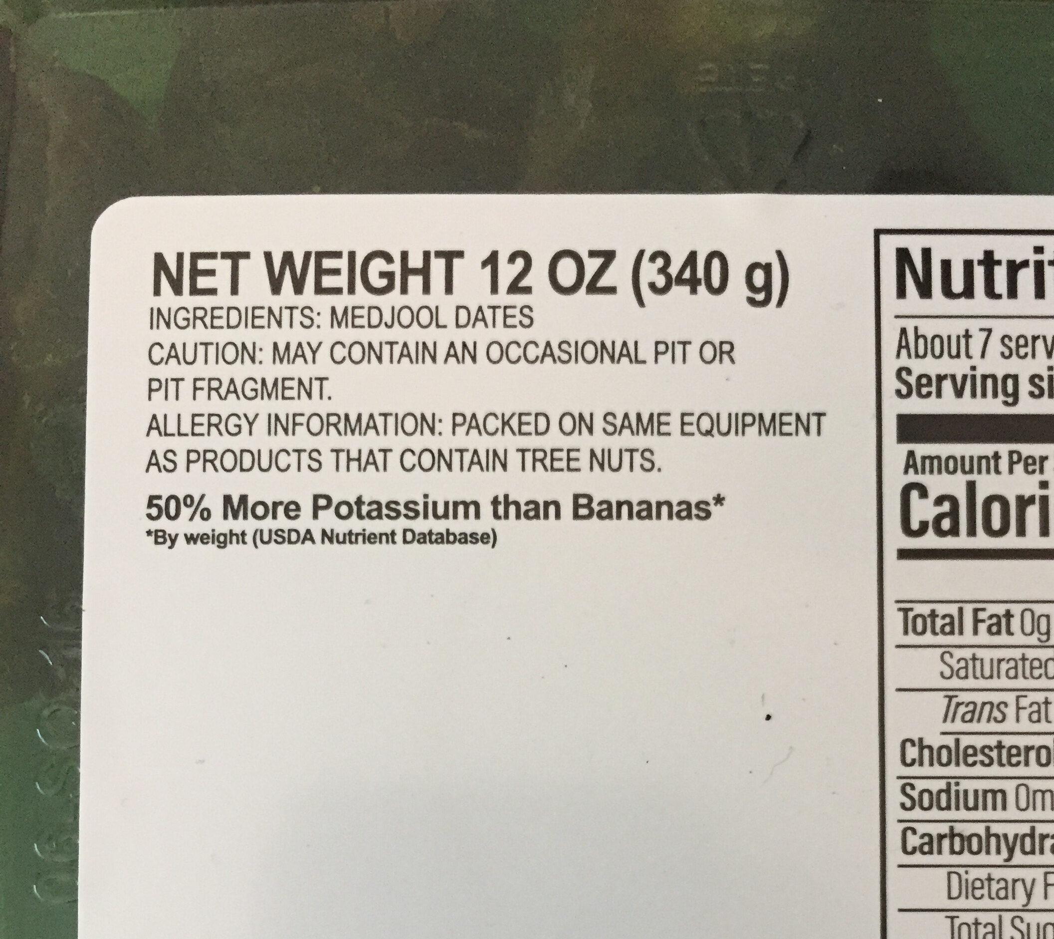 Pitted medjool dates - Ingredients - en