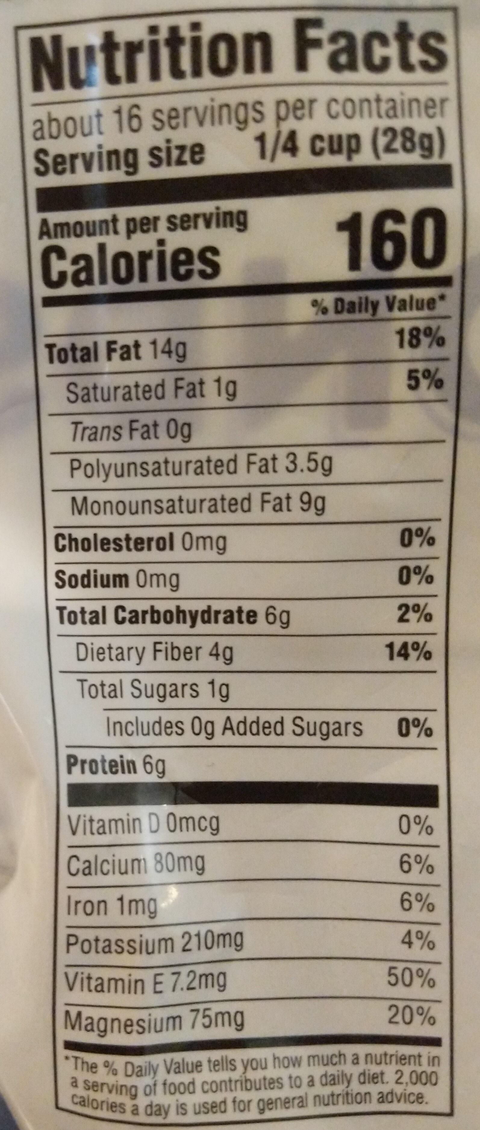 Whole almonds - Nutrition facts - en