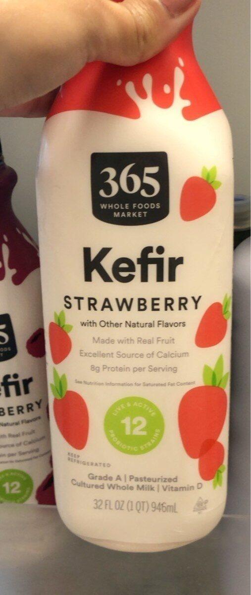 Strawberry kefir cultured whole milk vit d - Product - en