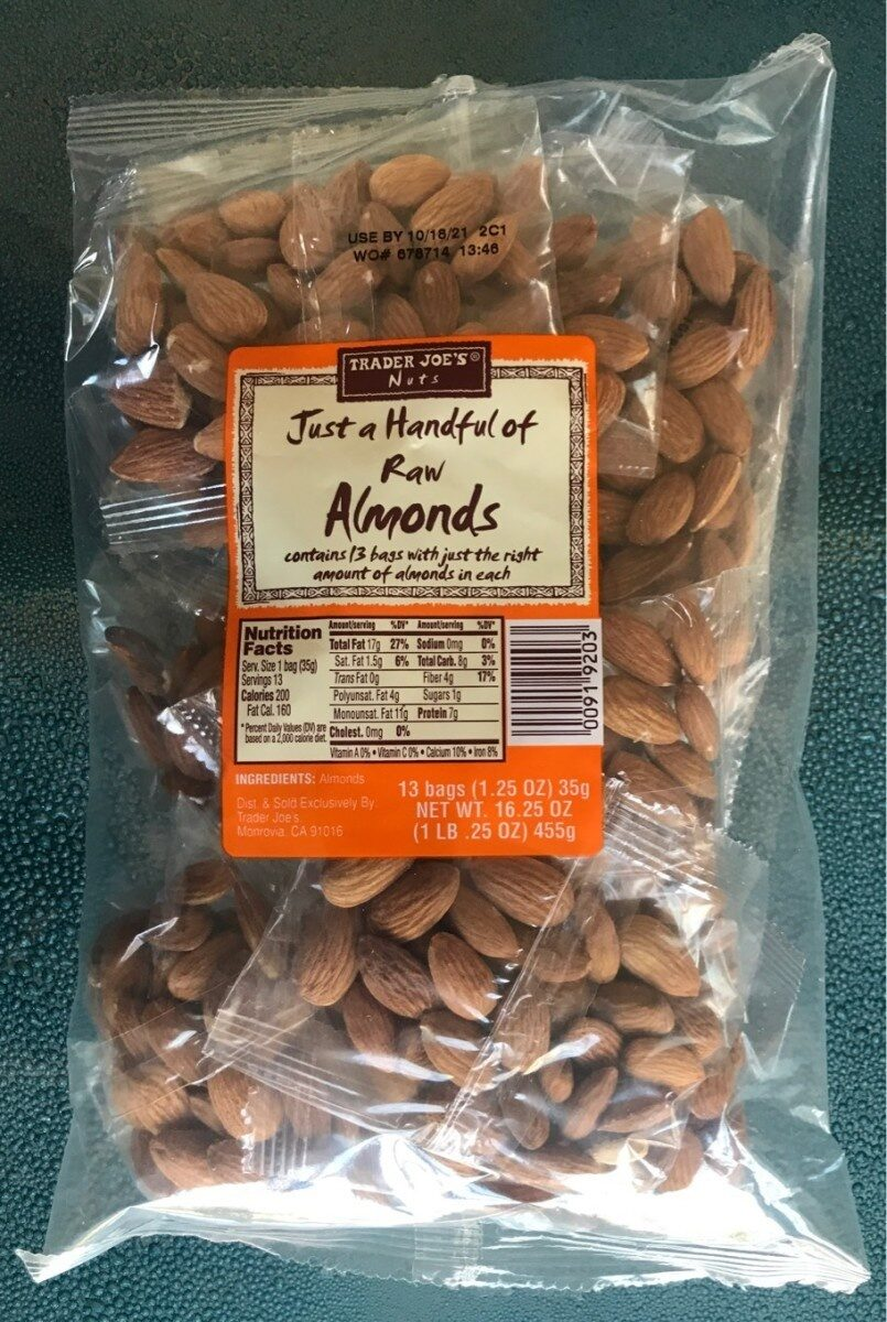 Just a Handful of raw Almonds - Product - en