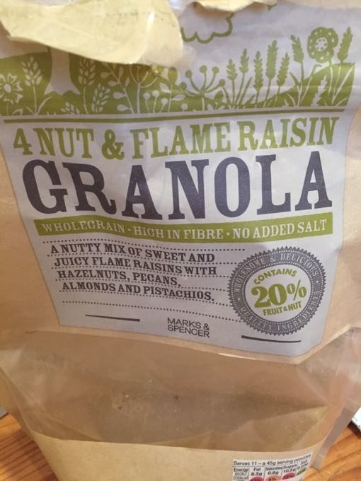 4 Nut And Flame Raisin Granola - Product - fr
