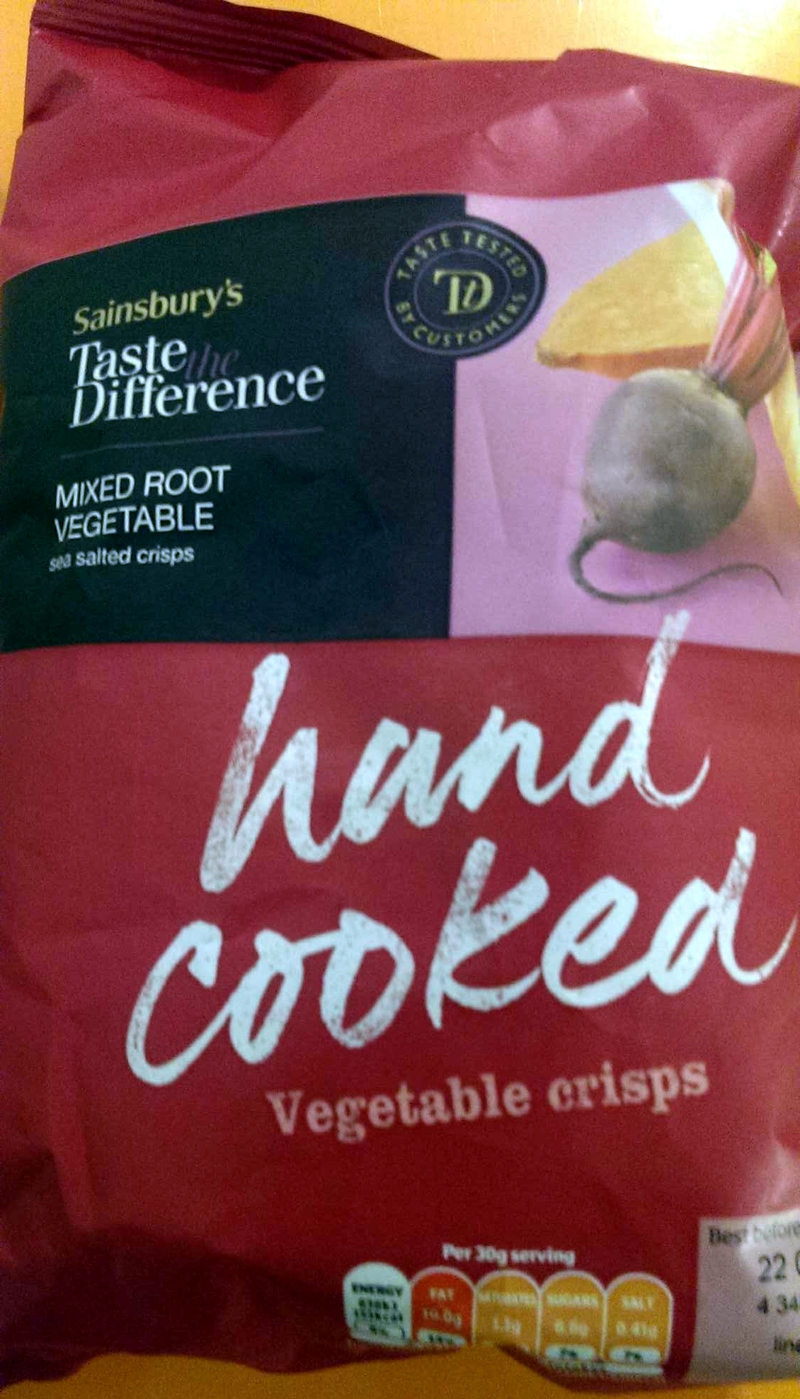 hand cooked vegetable crisps - Product