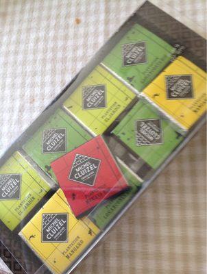 Assortiment De Carrés De Chocolat Noir - Product - fr