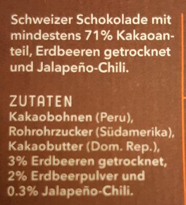 Dark Chocolate 71% Spicy Strawberry - Ingrédients - de