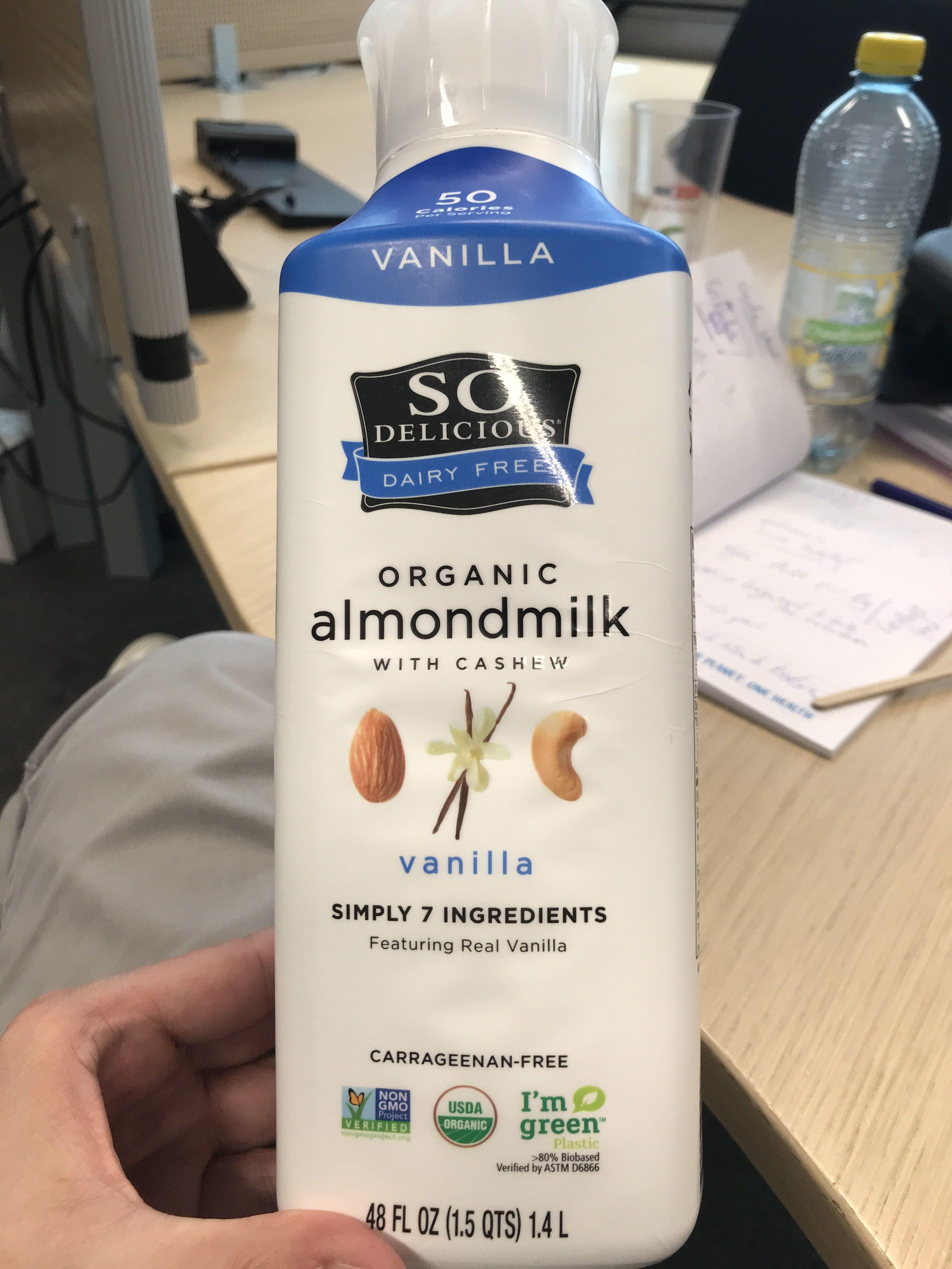 Vanilla organic almond milk with cashew - Product - en