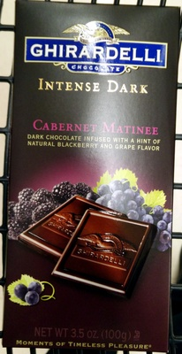 Cabernet matinee intense dark chocolate with natural blackberry and grape - Product - en
