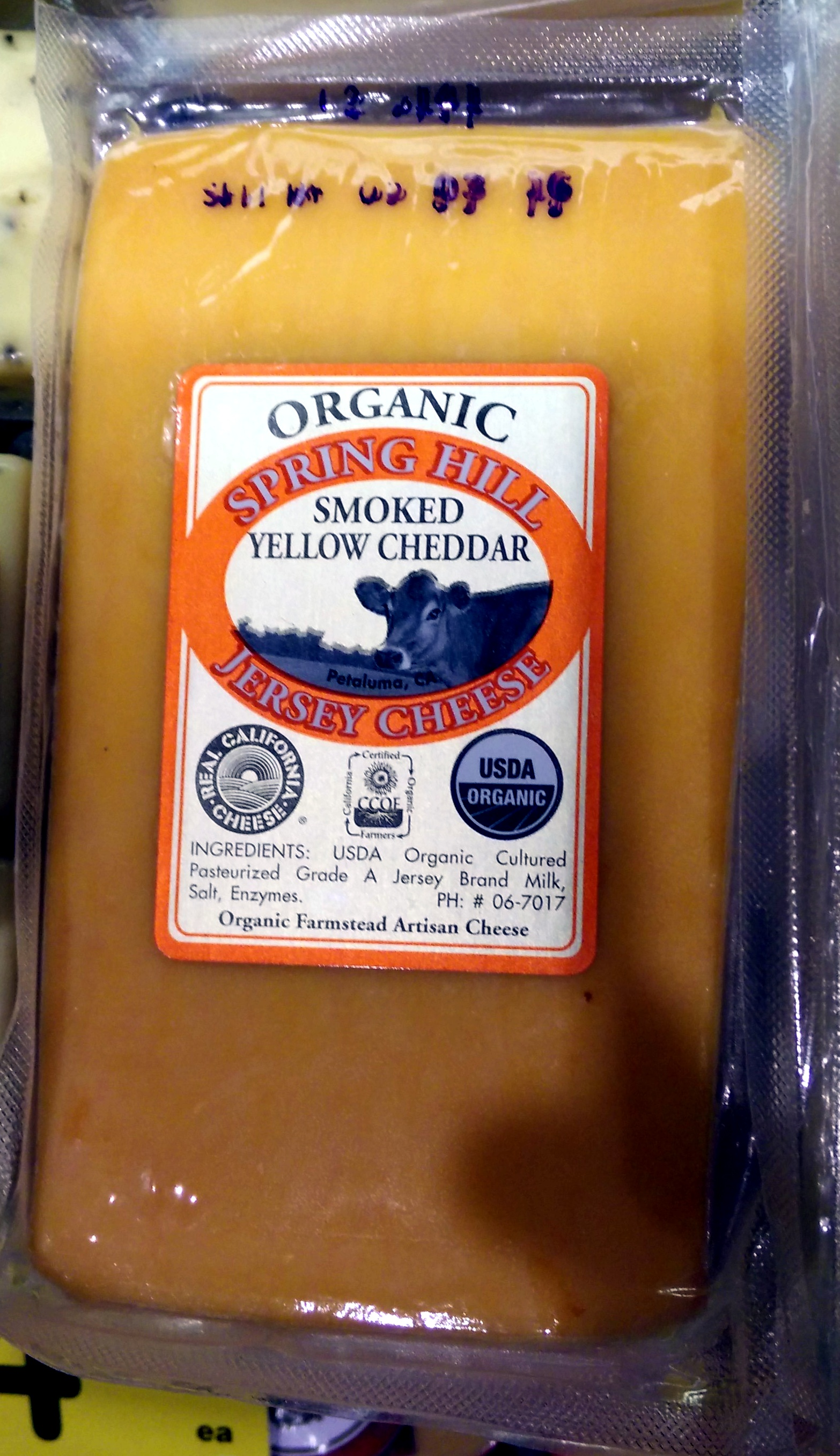Organic Smoked Yellow Cheddar - Product