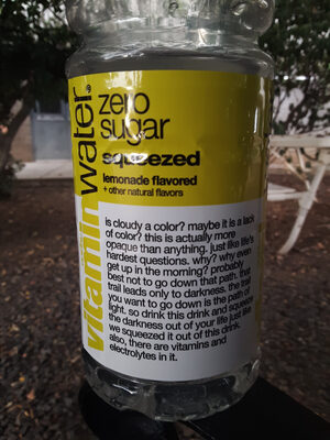 Vitamin water, vitaminwater zero squeezed, lemonade, lemonade - Product - en