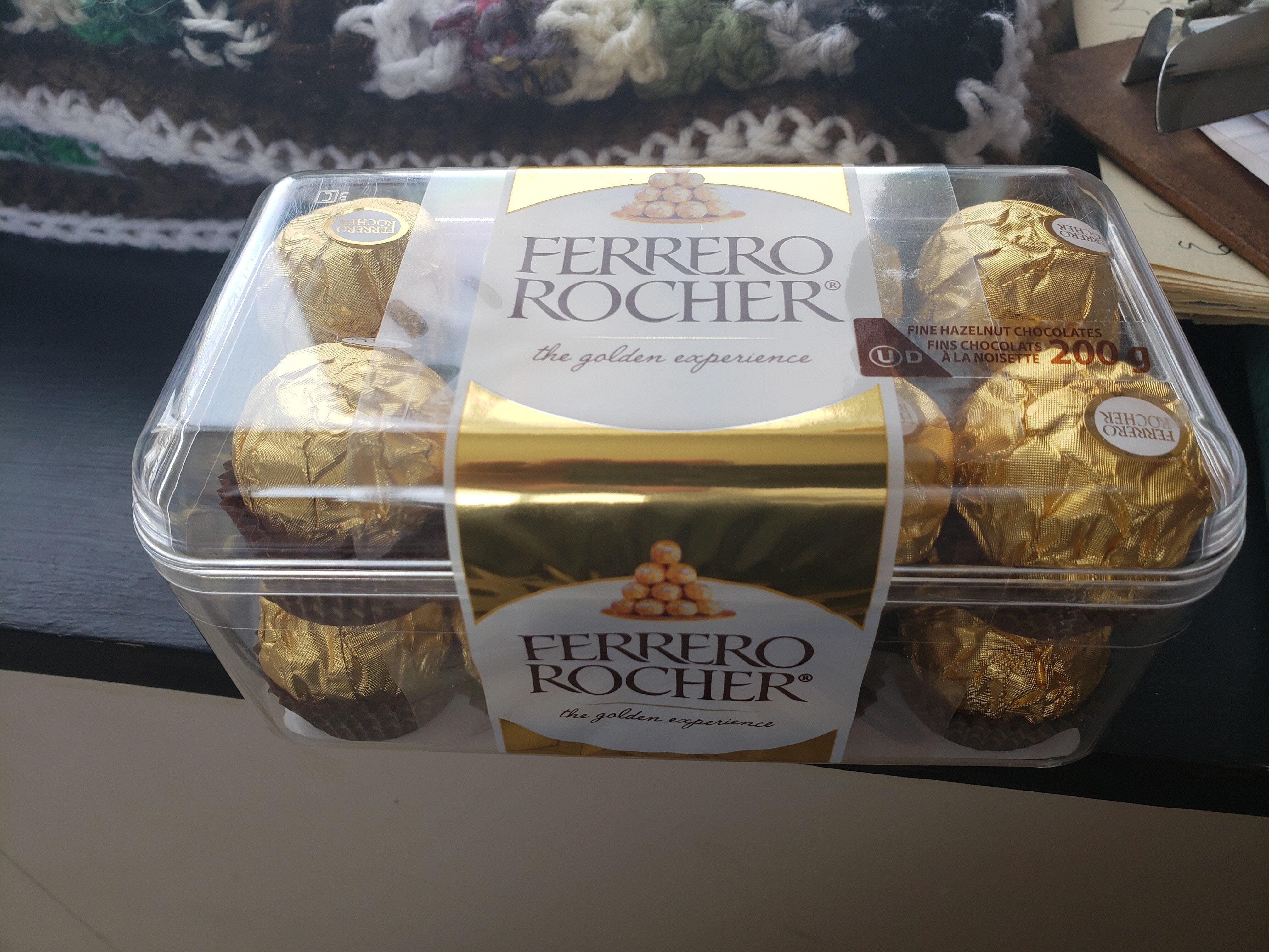 Ferrero rocher fins chocolats à la noisette - Produit - fr