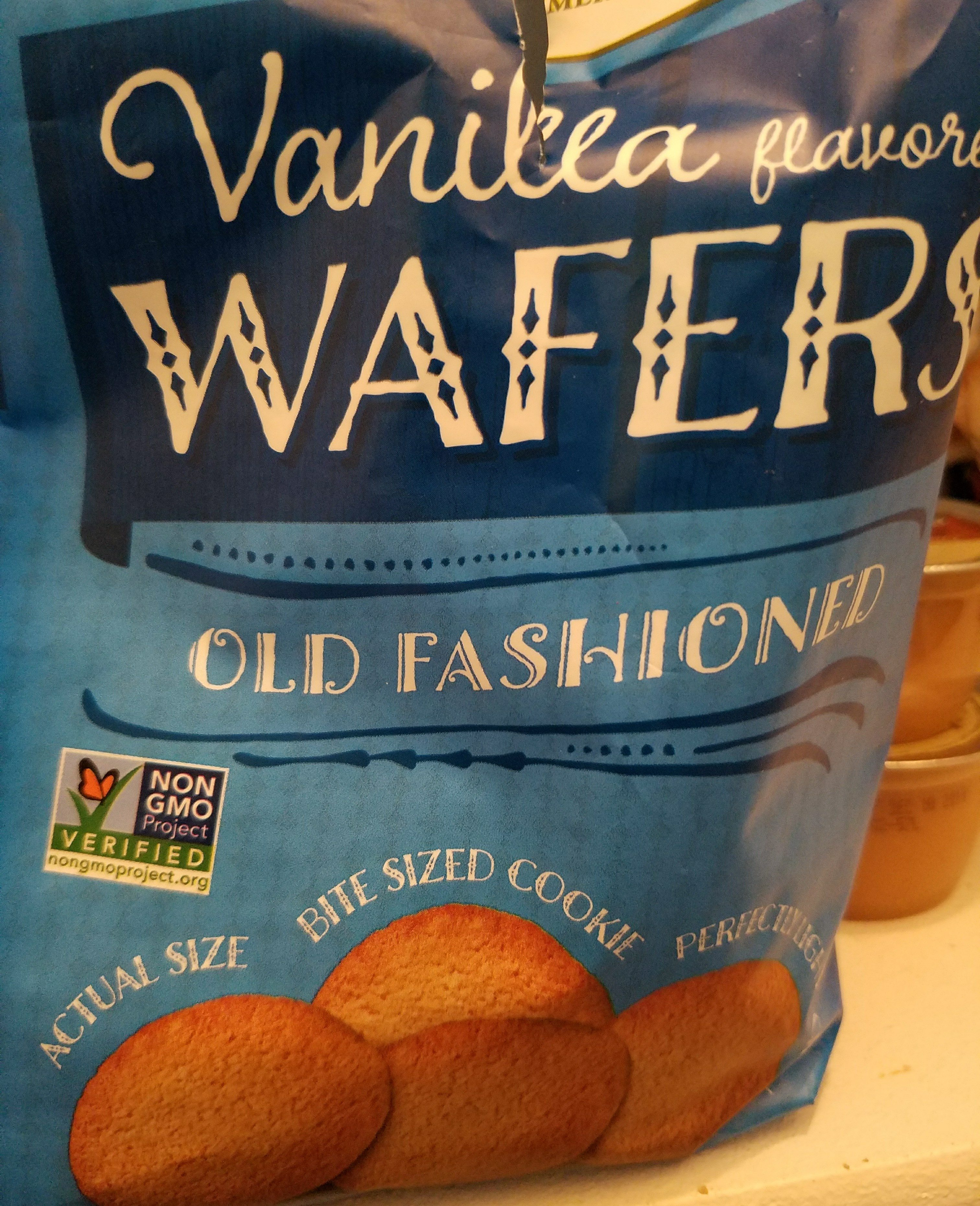 vanilla flavored wafers - Product